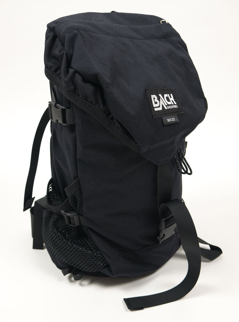 "alt=""Bach-Roc22-backpack-122015-cordura-nylon-black-the-Northern-Fells-clothing-company-side-left"""