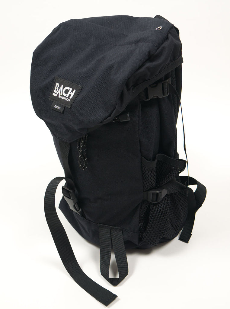 "alt=""Bach-Roc22-backpack-122015-cordura-nylon-black-the-Northern-Fells-clothing-company-side-right"""