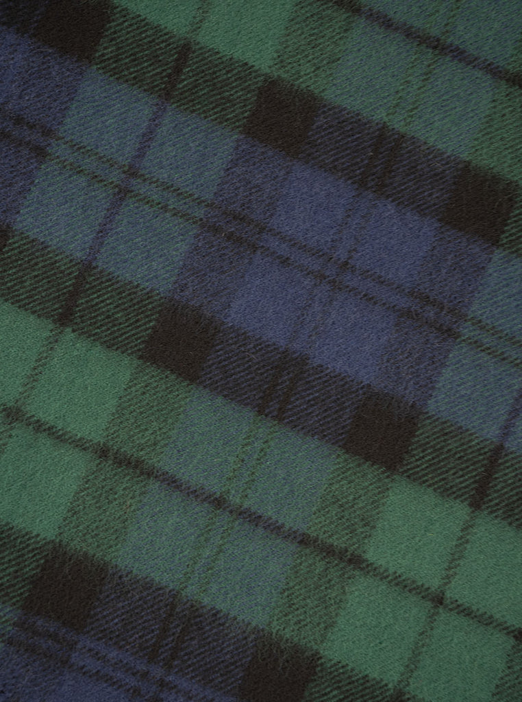 Lochcarron Lambswool Tartan Blanket Made in Scotland Black Watch The Northern Fells Clothing Company Detail