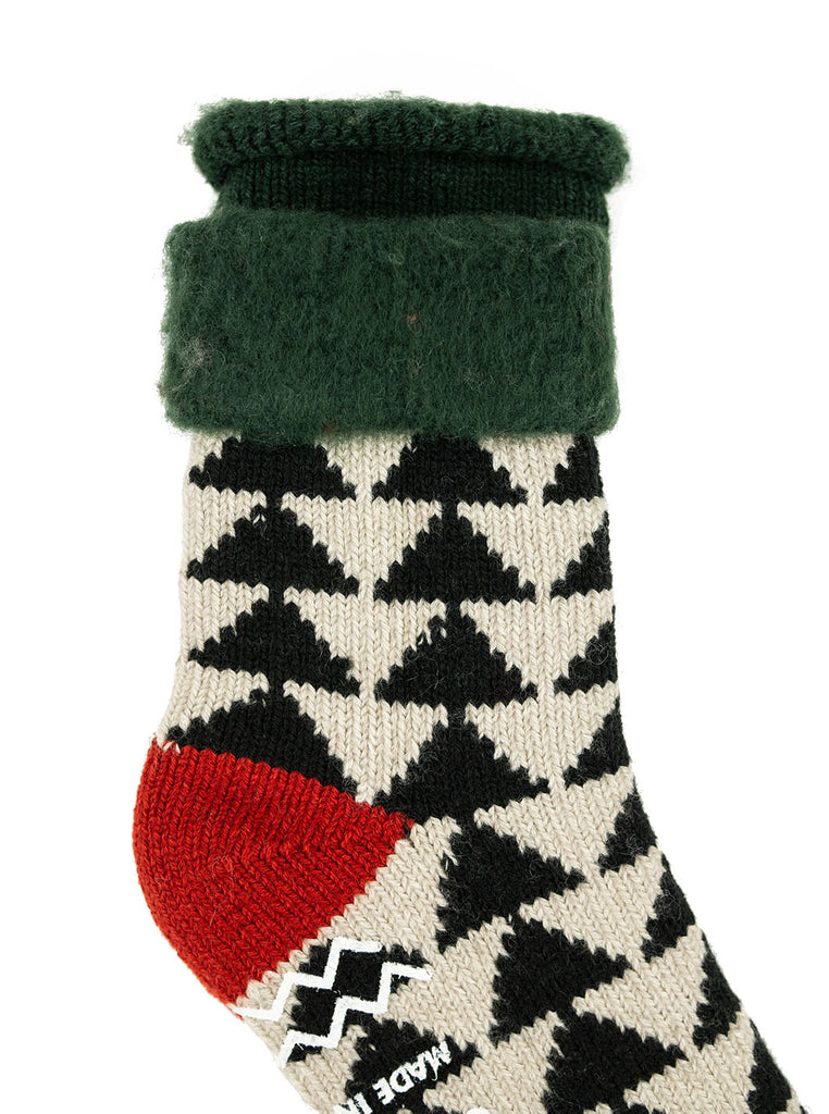 ROTOTO R1179 Comfy Room Sock Sankaku Green Black Red The Northern Fells Clothing Company Detail