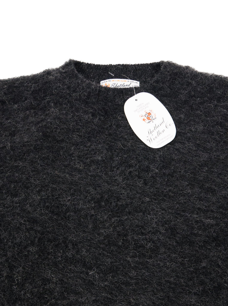 Shetland woollen Knitwear Shaggy's Charcoal Grey The Northern fells clothing company neck