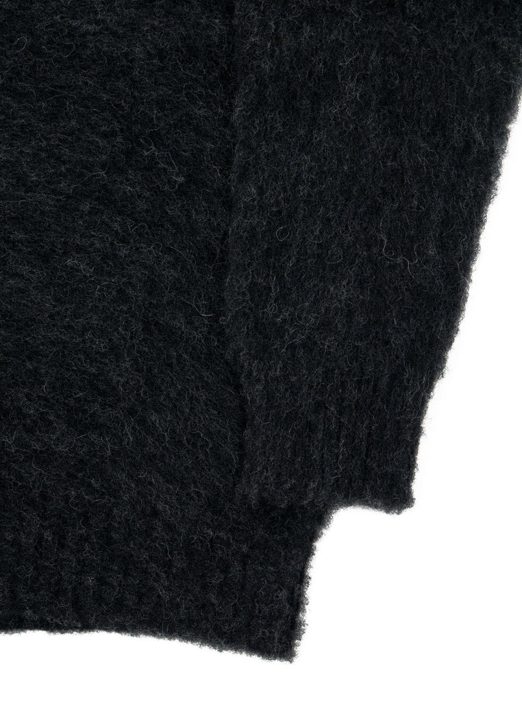Shetland woollen Knitwear Shaggy's Charcoal Grey The Northern fells clothing company sleeve