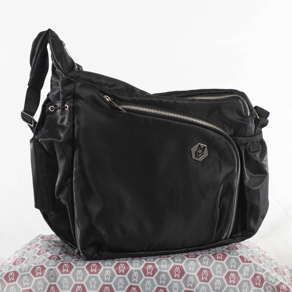 Transition Tote is a mini Command Tote for moms who are ready to get back to purse life