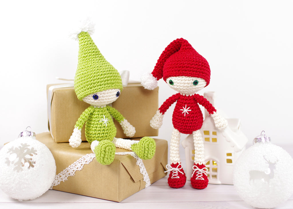 FREE PATTERN: Small Christmas Elves