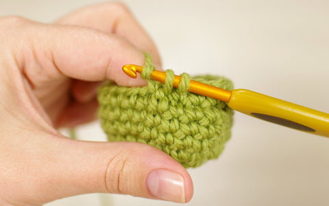 crocheting around the stitch