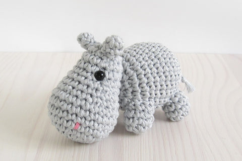 FREE PATTERN: Small crocheted hippo