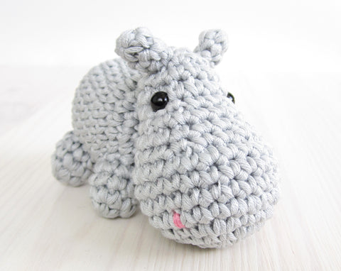 Betty the Hippo ❥ 4U // FREE PATTERN HERE | Crochet hippo ... | 382x480