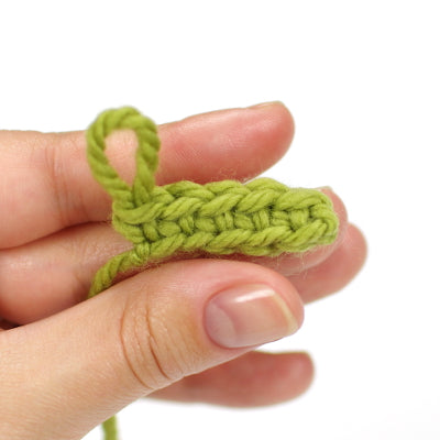 crocheting into base chain