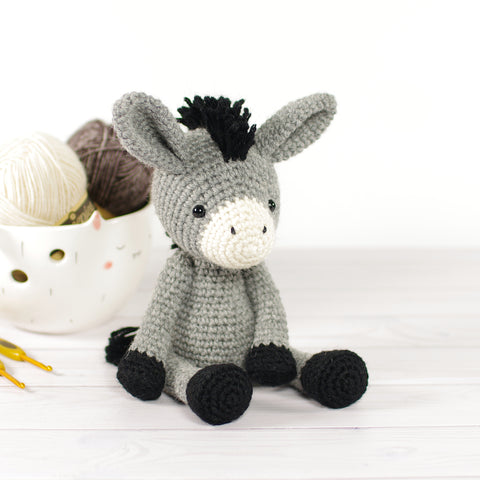 PATTERN: Small Donkey
