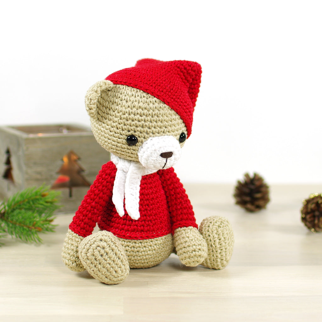 PATTERN: Christmas teddy bear – Kristi Tullus