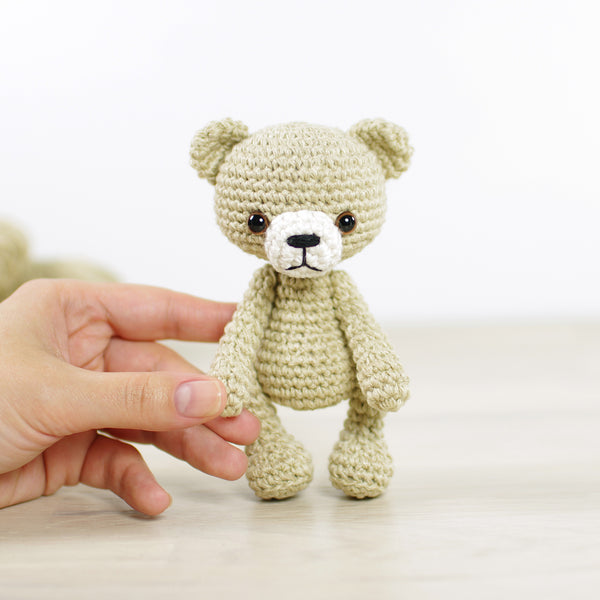 PATTERN: Small teddy bear
