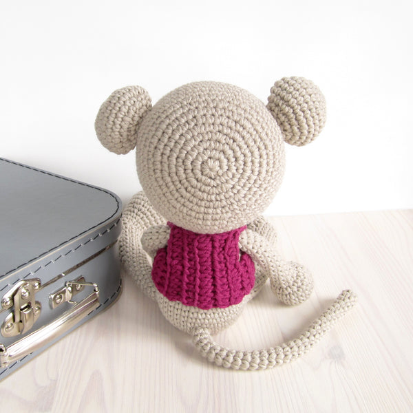 PATTERN: Long-Legged Mouse