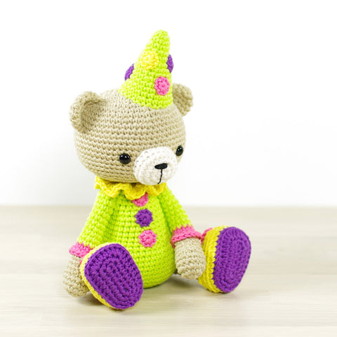 PATTERN: Teddy bear in a clown costume