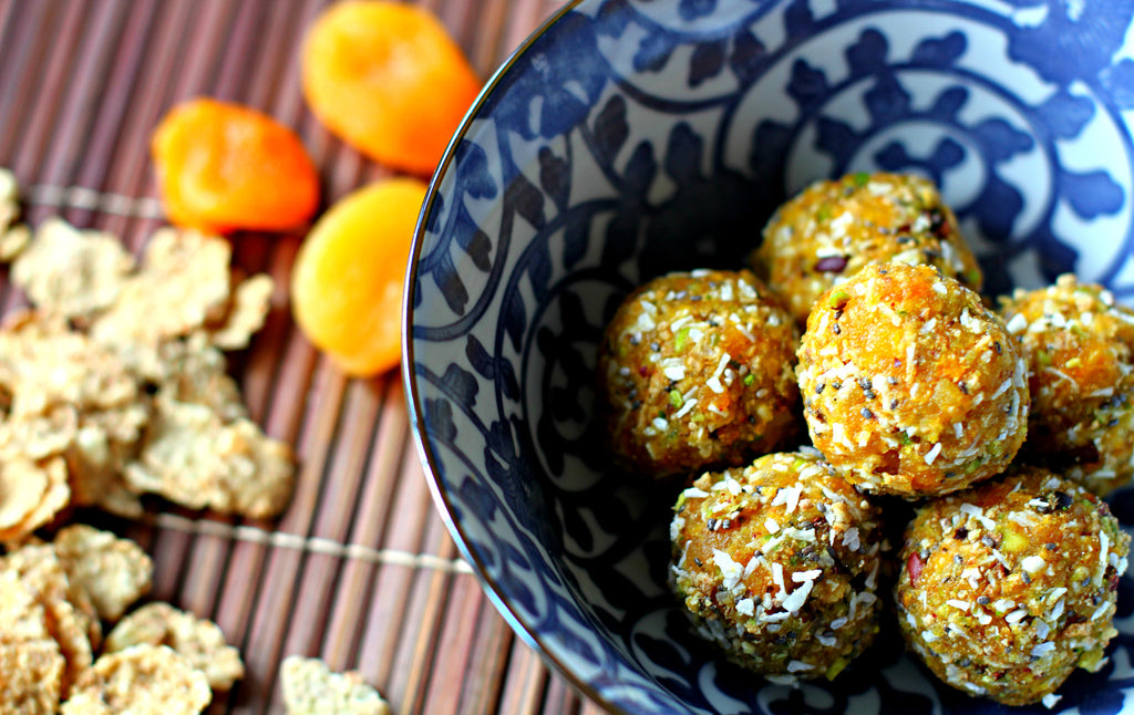 Spiced Apricot, nut and Kellogg's Special K snack Balls
