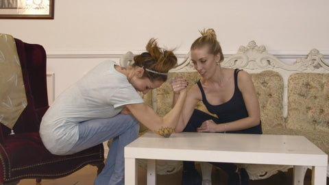 ANGEL DAPHNE ARMWRESTLE