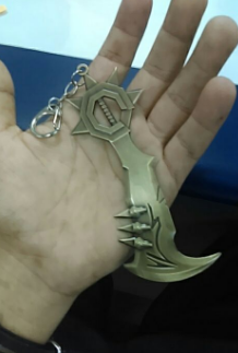 Draven axe keychain gamergift.net