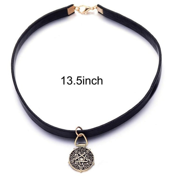 Witcher 3 Yennefer Medallion Black Leathe Choker Necklace