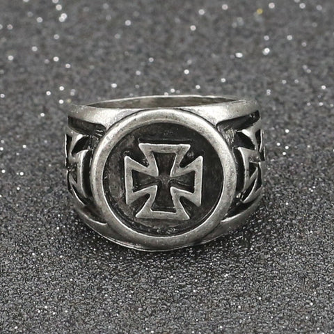 Assassins Creed Ring
