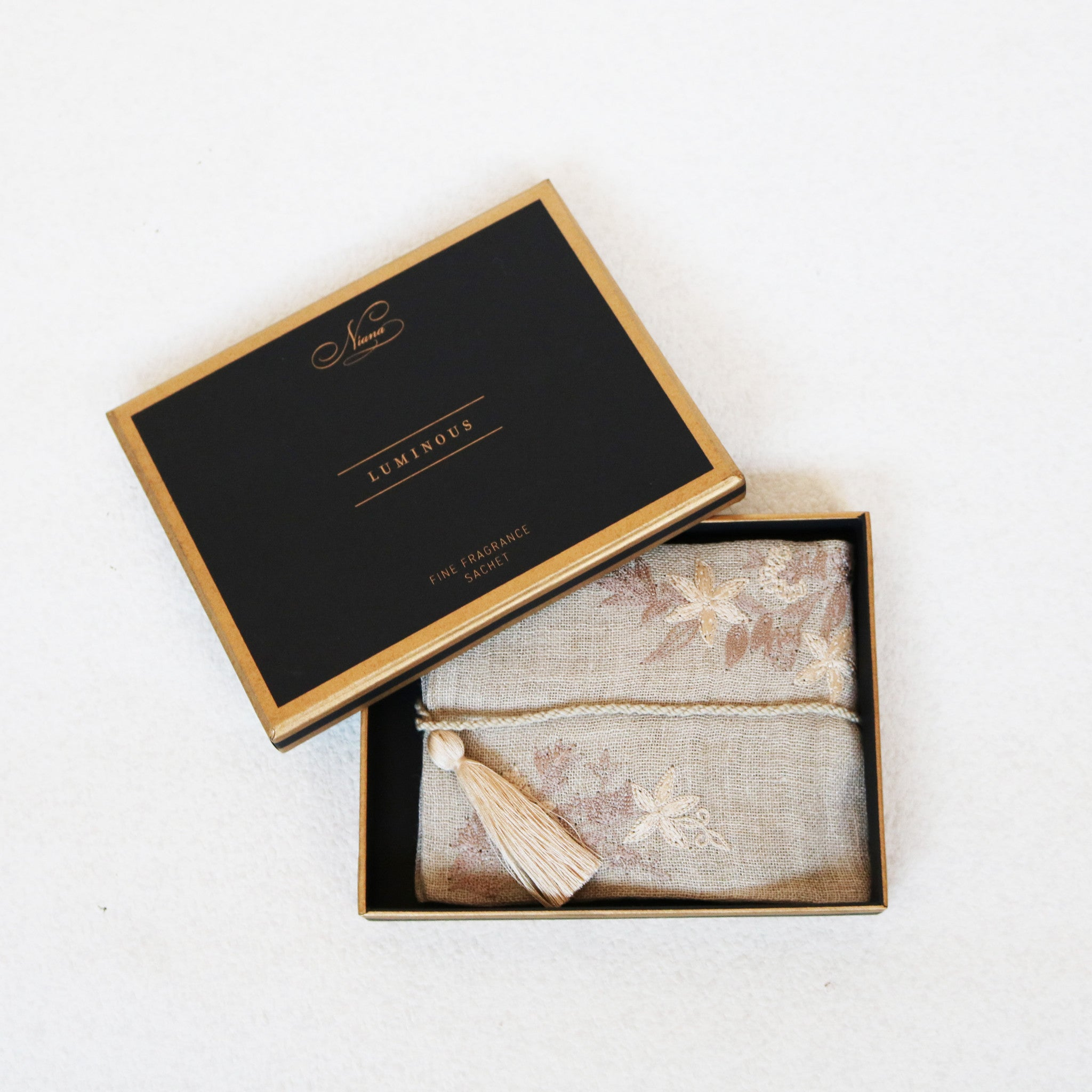 Luminous Fine Fragrance Sachet