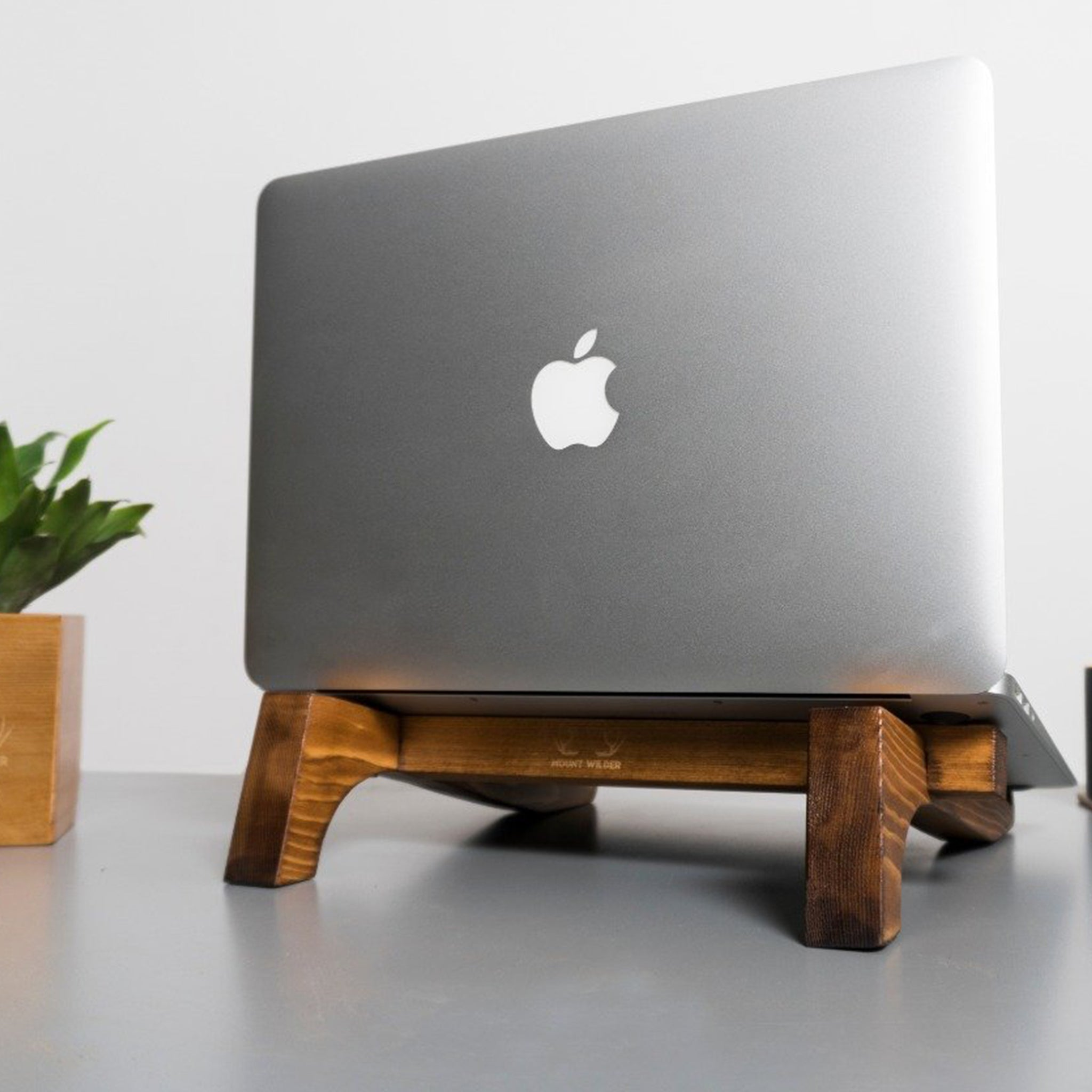 Desk Setup in Pine Wood