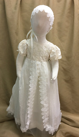 R Divine Christening Gown Dress KRISTO ET Ivory Crushed Silk Chiffon Beaded Silk Bodice with Bonnet
