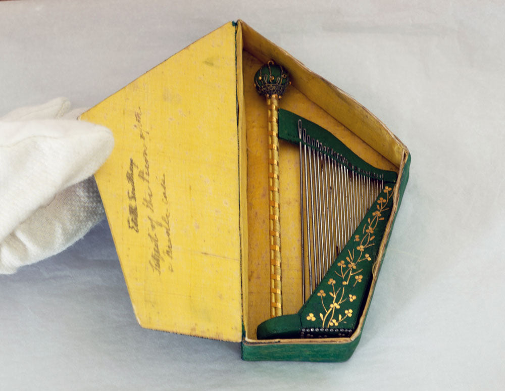 The original Wordsworth Harp Needlecase