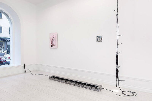 Left to right: Josh Tonsfeldt, Untitled, 2013; Ben Schumacher, Long Lines 33, 2013; Ben Schumacher, Untitled, 2012; Ben Schumacher, One Calorie as Good as Another/Epoch Defining Broadcast (green), 2013