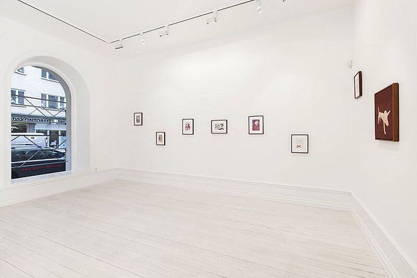 From left to right: Yoshitomo Nara, Untitled, 1989-1993; Untitled, 1991; Untitled, 1989-1993; Untitled, 1989-1993; Untitled, 1989-1993; Untitled, 1989-1993; Untitled, 1989-1993; Links Rum, 1999