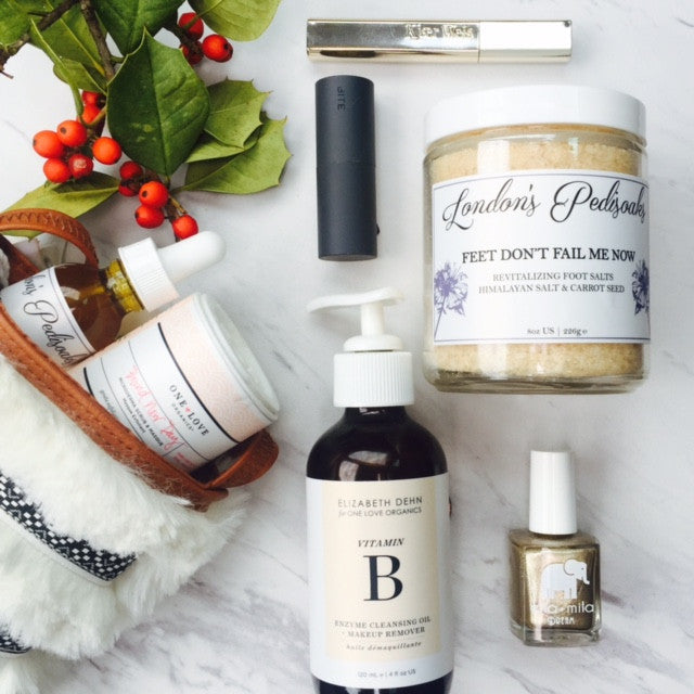 5 LIFE CHANGING HOLIDAY PARTY ESSENTIALS