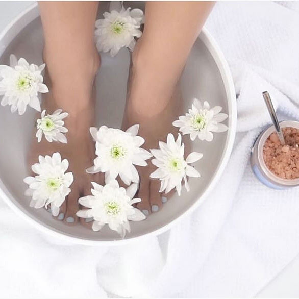 BENEFITS OF FOOT SOAKS