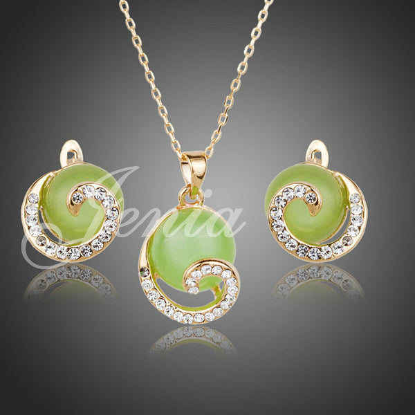 Green Opal Pendant Necklace and Stud Earrings Jewelry Set - Victoria Vault