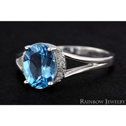 Brilliant Blue Topaz Vintage  Ring
