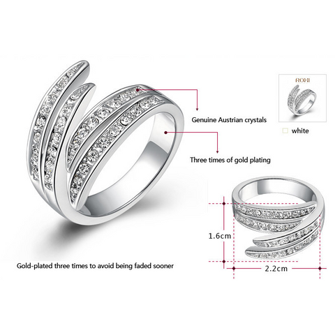 Adorable Austrian Crystal Engagement / Wedding Ring