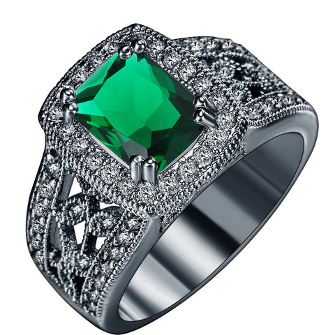Black Gold Vintage Green Sapphire Ring - Victoria Vault