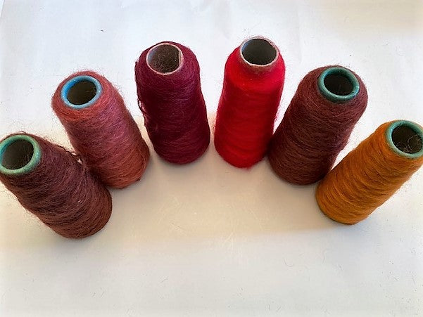 Toaga mohair/wool/nylon: 6 assorted small cones