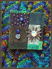 Quilted Pin: Blue Moon II