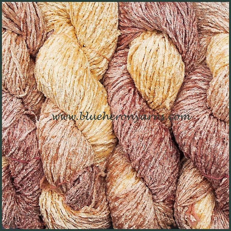Bulky Rayon Chenille Yarn: Pink Pearl