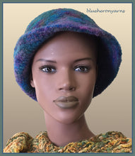 Deep Ocean Felted Hat:(bbt)