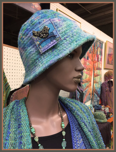 Ocean Hat & Blackbird Pin #XS-21