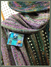"""Mauve"" Woven Scarf and ""The Star and The Snail"" Pin"
