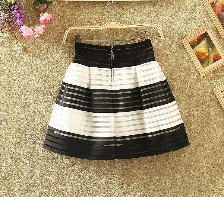 White & Black High Waist Bandage Skirt