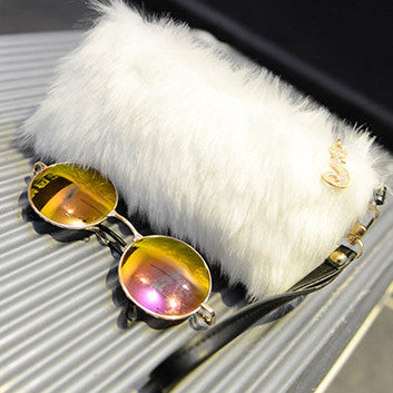 Wrist Purse (Faux Fur White)