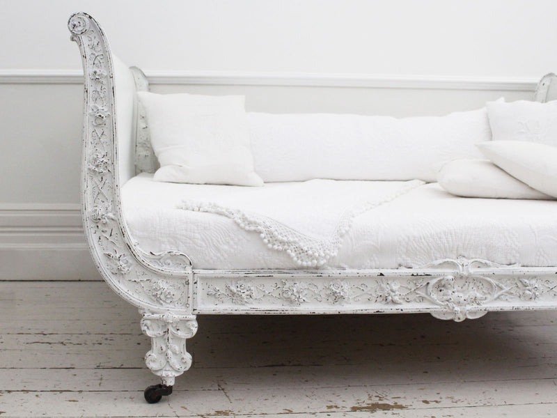19th Century Antique Painted White Metal French Iron Small Double Day Bed