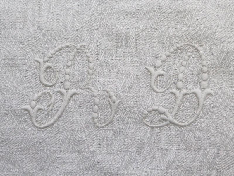 RD 30cm Cushion - Antique French 'RD' Monogram P30115
