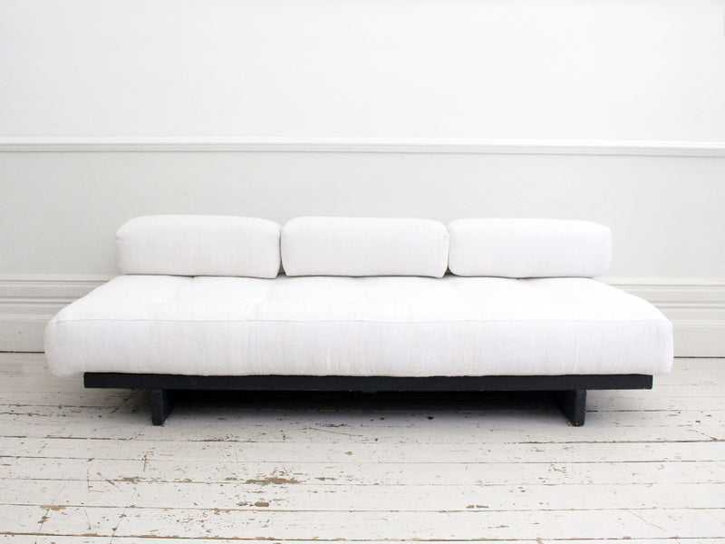 A Rare 1960's De Sede DS-80 Daybed in White Linen