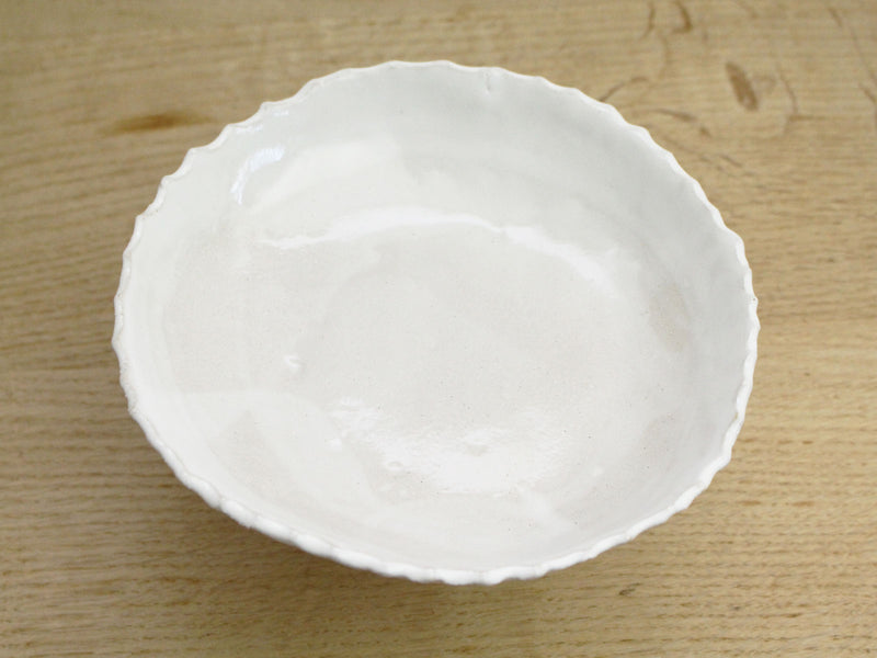 Kate Monckton Ball Ceramics - Small Cake Stand Scalloped Edge