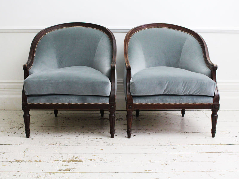 A Pair of Magnificent 18th C Italian Gondola Armchairs with Footstool
