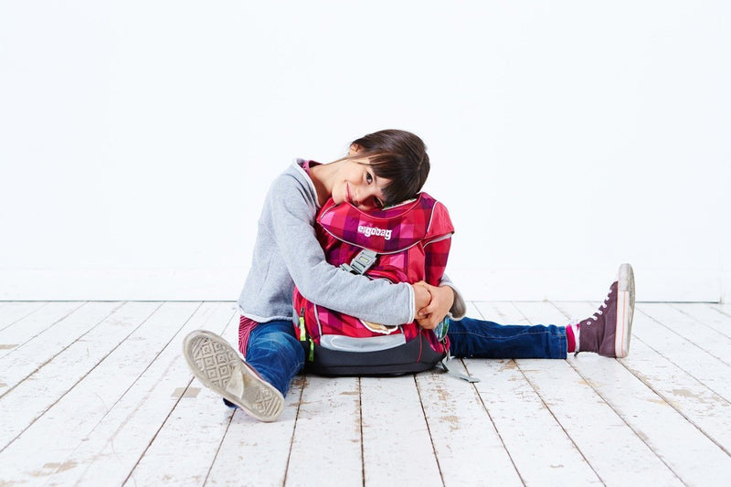 Choosing the right school bag for your child