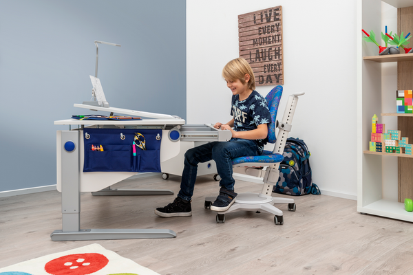 kids ergonomic desk Singapore