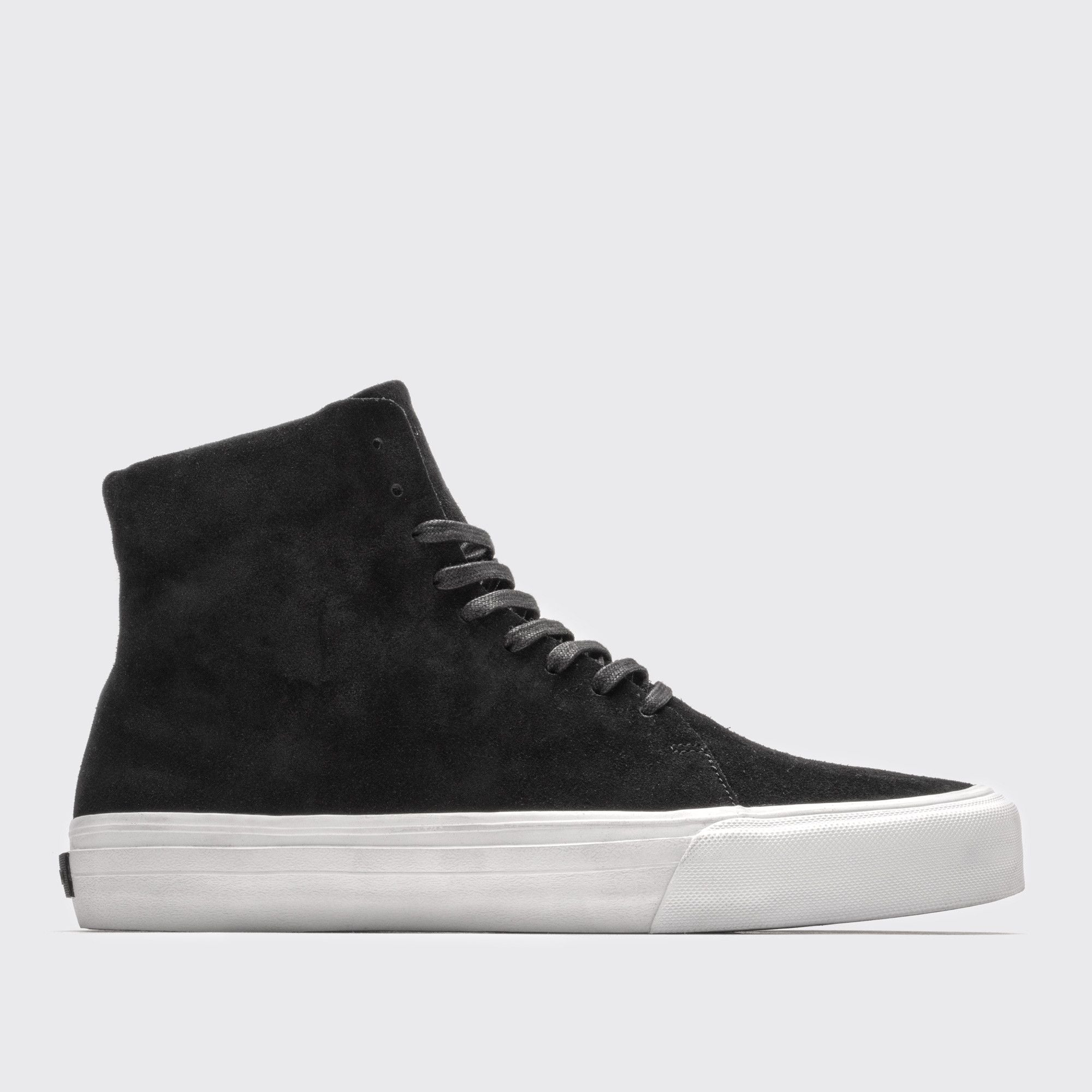 Norris | Black / Lateral View
